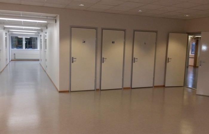 Innhold - Bilde av toaletter i bygningen