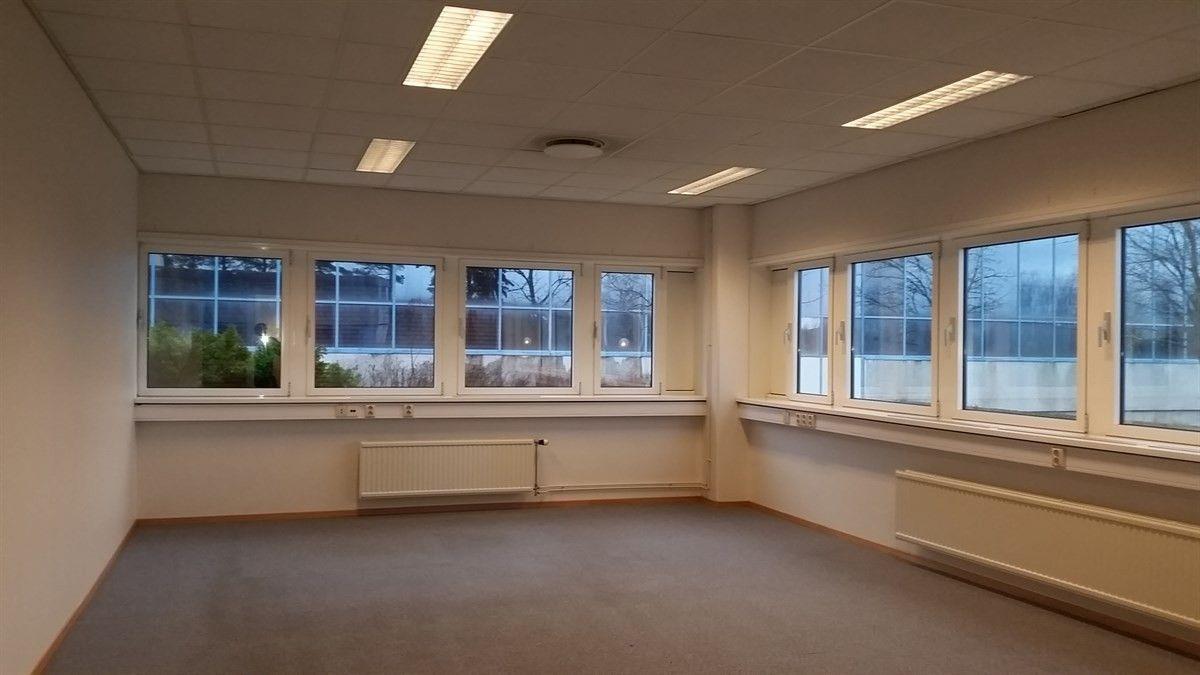 Slomarka 57 - Bilde av kontor inne i bygningen